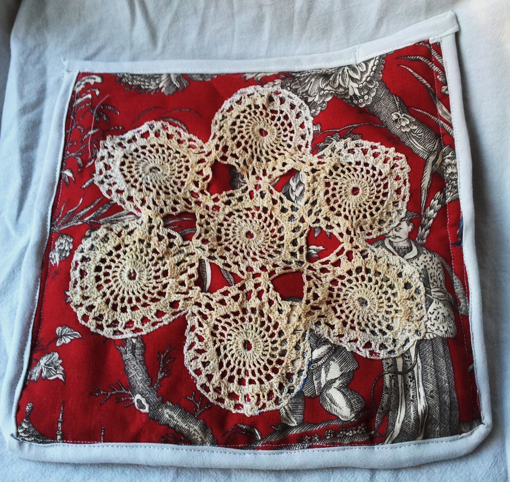 Crochet cloth coverted to trivet